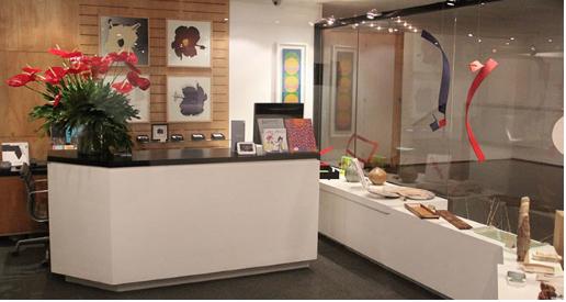 Lobby galería artepunto, espacio físico galería arte múltiple