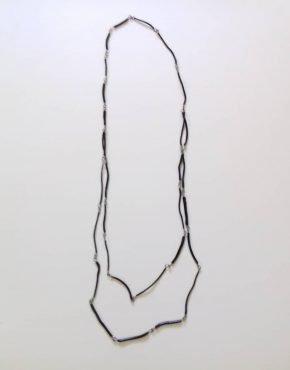 Flor Areinamo, collar gego